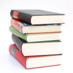 日常で役に立たない自己啓発本、たくさん読んで成功しよう!